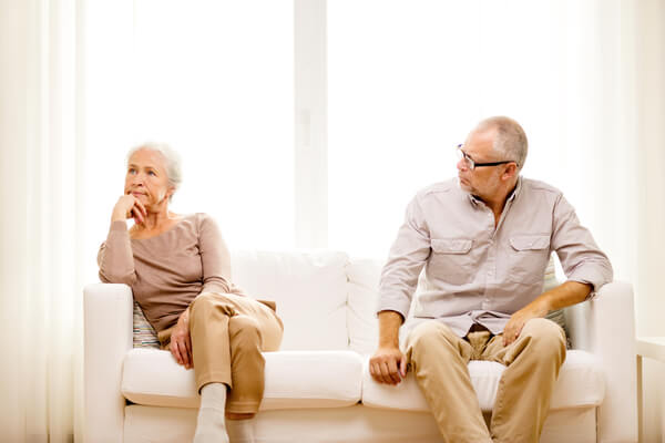How divorce affects the elderly (getting divorced as a senior)